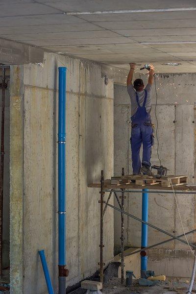 Профессиональный монтаж стояков внутренней канализации